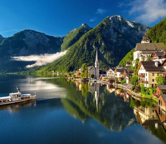 Hallstatt Austira - Travel Destinations Europe