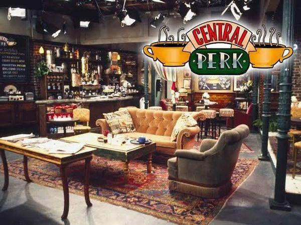 Friends sitcom Series Central Perk
